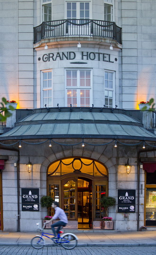 Grand Hotel Oslo, Norway, Palmen, Luxury in Oslo,  City bicycles