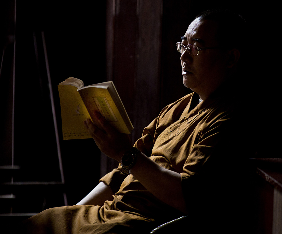 BUDDHIST, Jade Palace, Shanghai, China, Buddha, Buddhist reading,  Gary Edwards Photographs