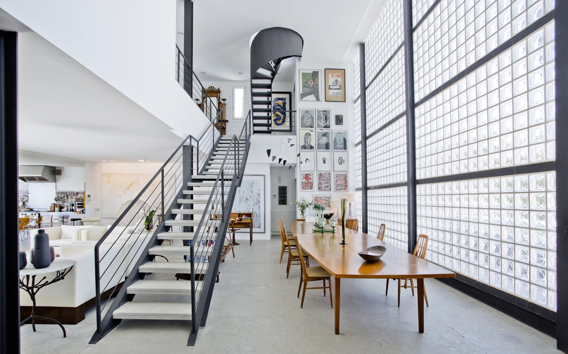 Resale Property, Marbella, El Rosario, Elviria, Glass Wall, Sixties Furniture with Modern Atmosphere