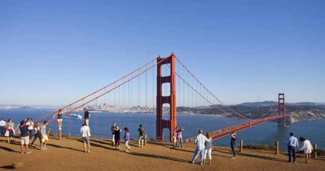 San Francisco, California, CA, Blue Sky over the Golden Gate, Golden Gate Bridge, USA, San Francisco Bay, Tourists at the Golden Gate Bridge, Travel San Francisco