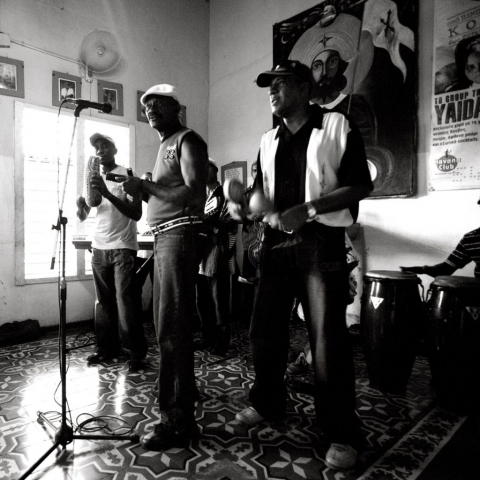 CUBAN HOUSE BAND, Santiago de Cuba, Cuban Music, Cuba Live Cuban Music, Best photographs of Cuban people