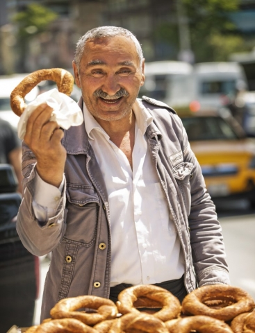 BAGEL SELLER, Istanbul, Turkey, Travel Istanbul people, Travel Photography, Best images of Istanbul, Street seller Turkey