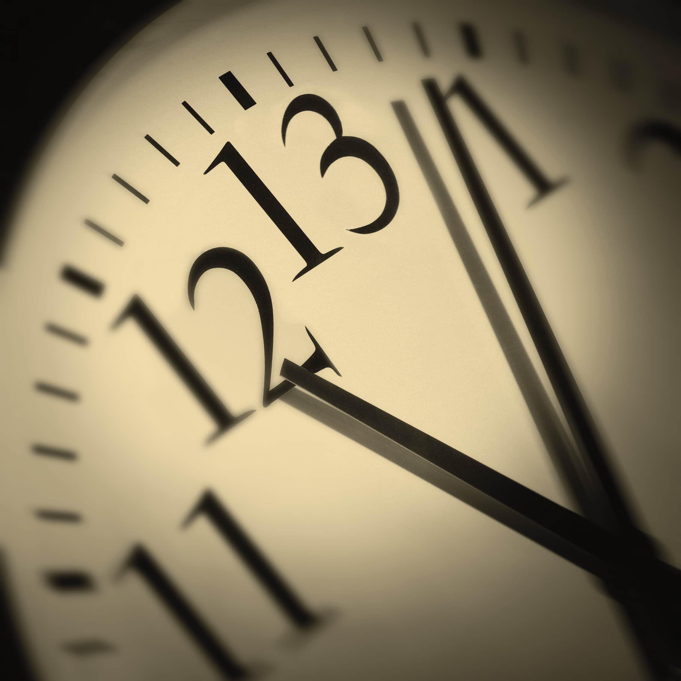 Thirteen O'clock, Superstitions, Clock Art, When the clock strikes 13, The clock struck 13,
