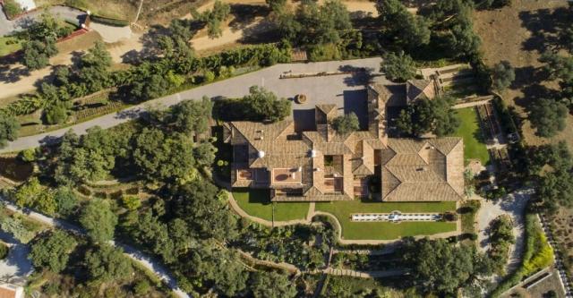 House Sale, View of the property from above, La Mairena, Don Carlos Hotel, Benahavis, Ojen, Marbella, Costa del Sol, Million Pound House Marbella