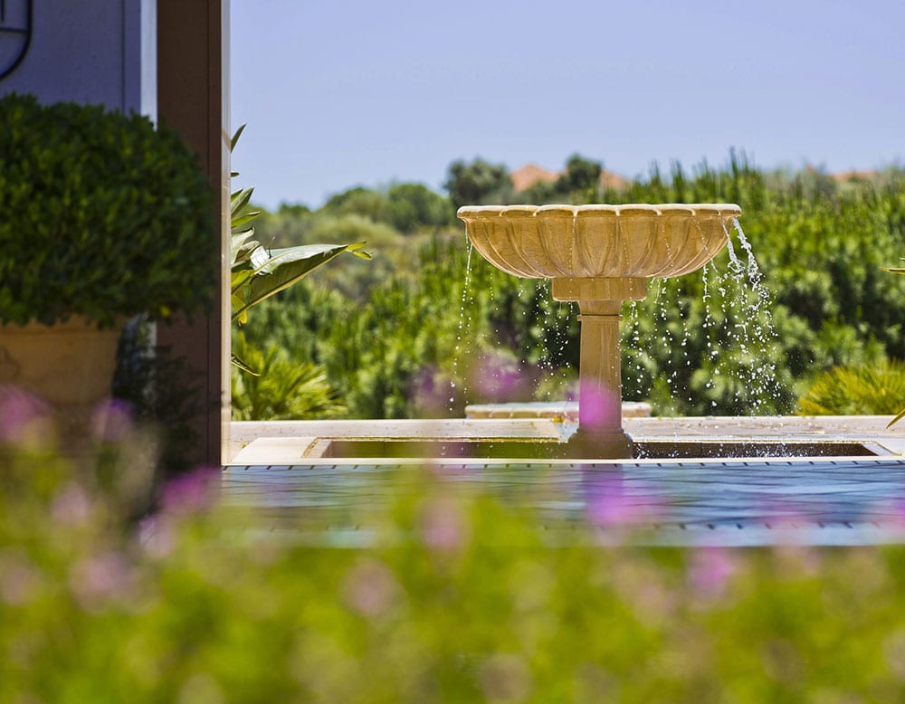Hotel, Entrance Fountain, Hotel Photography, Sunny holiday, 5 star Hotel Photography, Hotels Portugal, Best hotel photography, number one hotel photographer Spain and Portugal