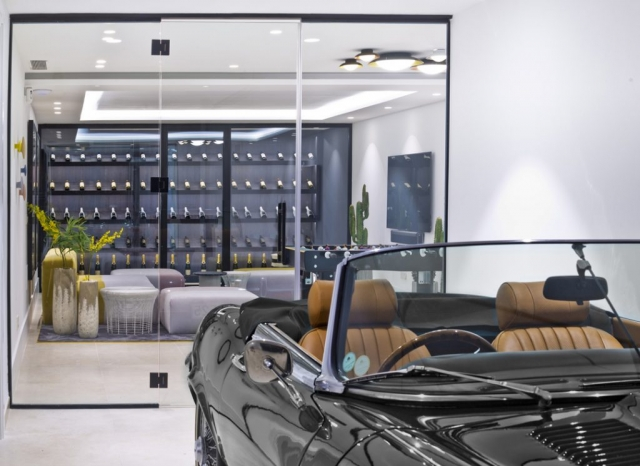 E-Type Jaguar Marbella, Interior design Marbella, Gary Edwards Interior Photography