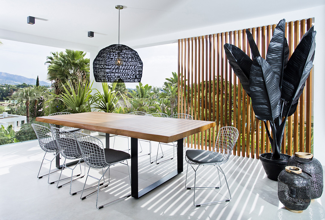 Designer Dining Table, BBQ, Nezha, Metal chairs, Black Palm, Interior and Exterior, La Concha, Nueva Andalucia, Aloha Golf House, Designer Property, Wooden dining table,