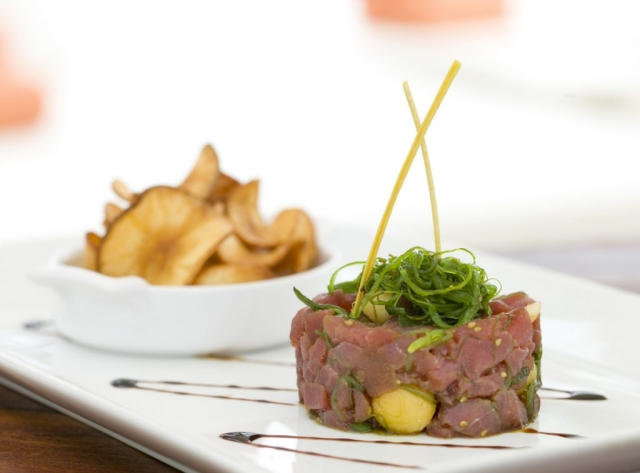 Steak Tatare, Nikki Beach, Nikki Beach logo,