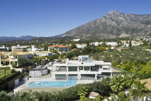 Marbella Property - View of La Concha