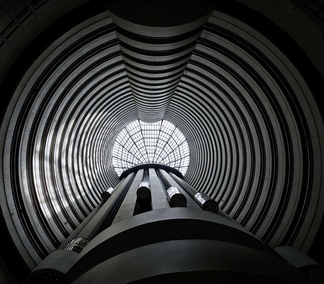 Hotel Architectural, Holiday Inn Atrium, Outran Road, Singapore, Gary Edwards Photography