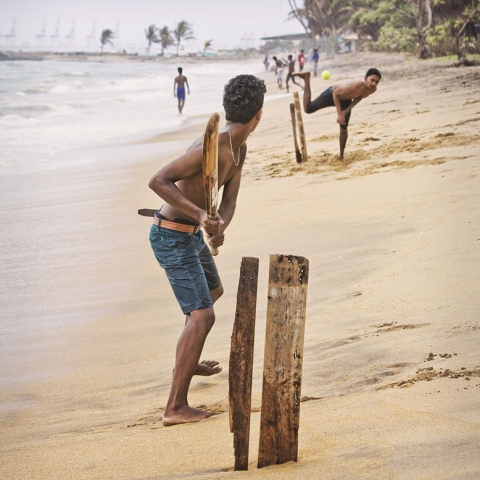 Columbo, Beach Cricket, SRI LANKA, locals in Sri Lanka, travel in Columbo, Columbo beaches
